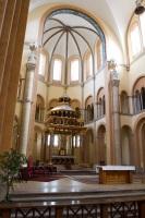 V kostole